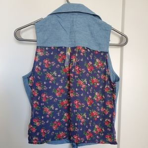 NWT - Bongo - Tie-front w/ floral back